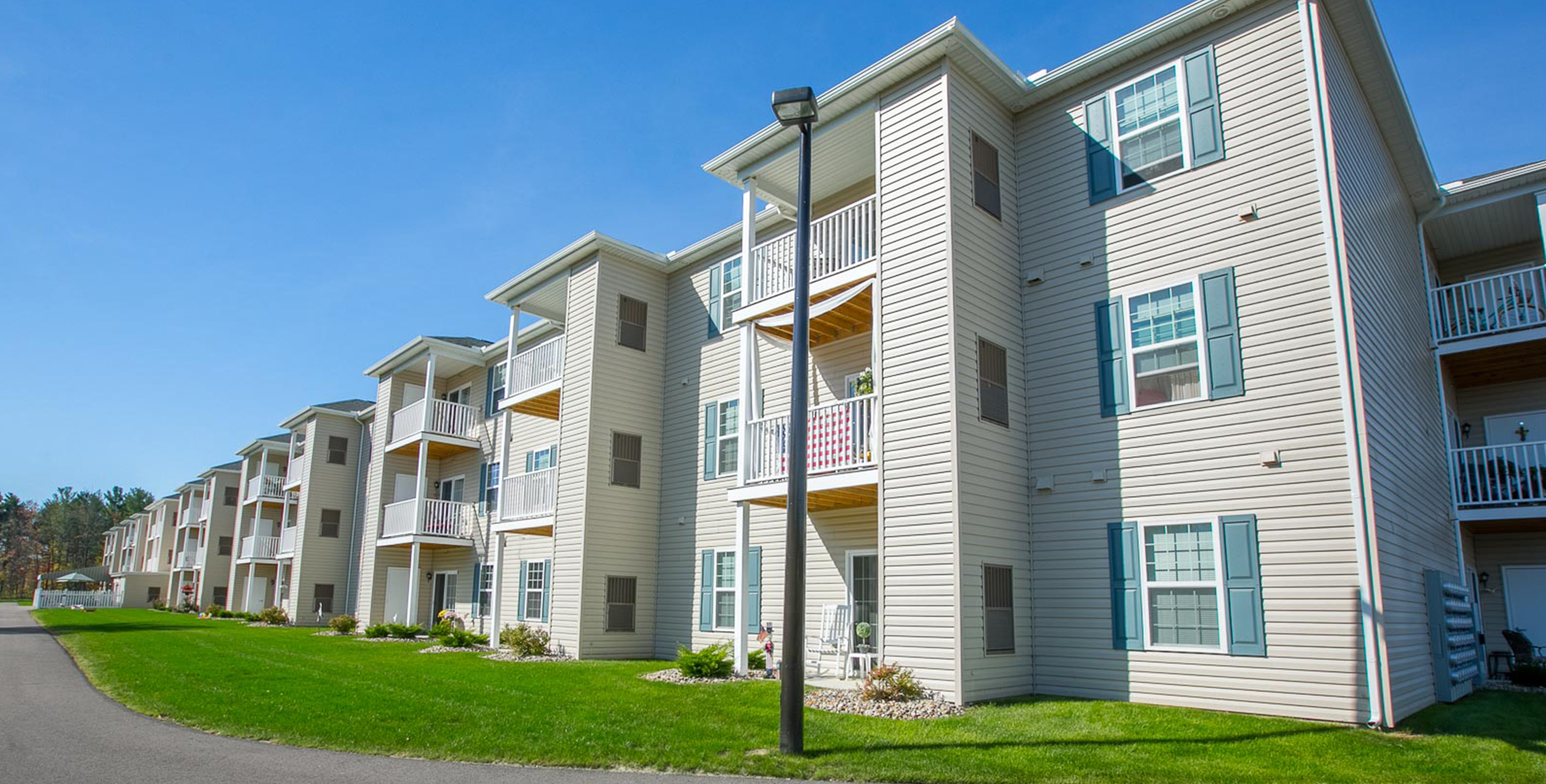 Reminderville, OH Senior Apartment Community | Glenwood ...