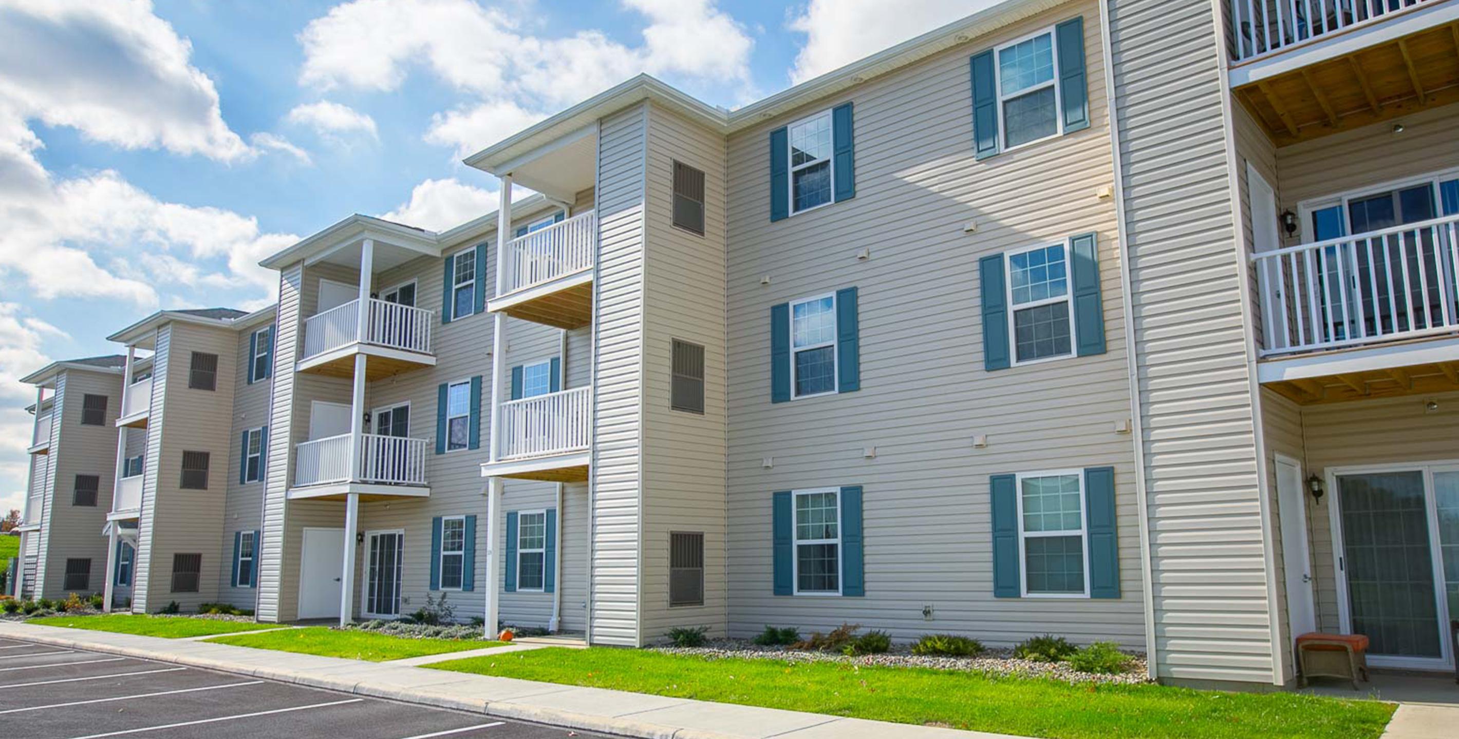 Independent Senior Living Cleveland Oh Huntington Square Senior Apartments